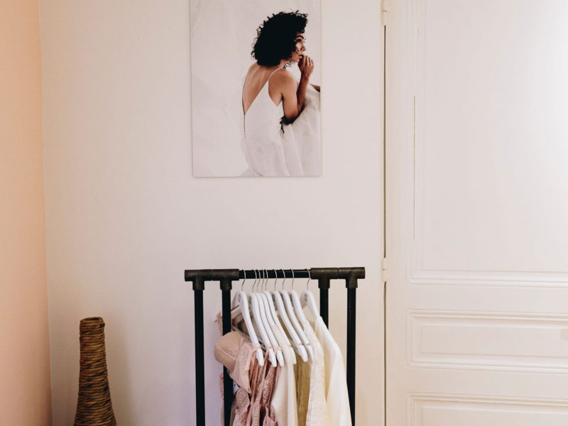 Anne de Lafforest - Robes de mariée sur-mesure - Paris - essayages