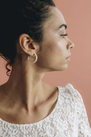créoles dorées nacrée bijoux créateur made in france tendance mariage
