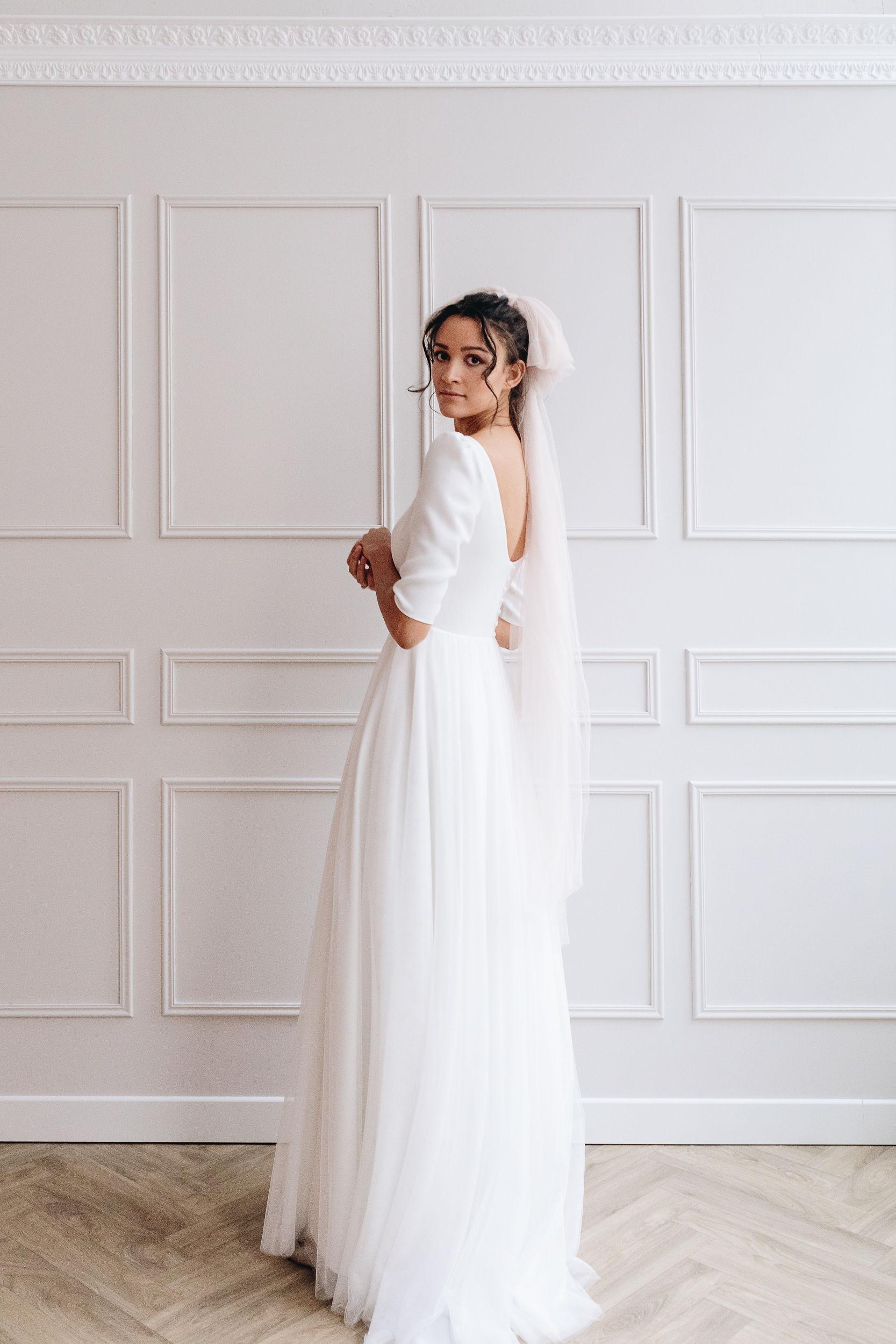 robe de mariée tulle décolleté rond